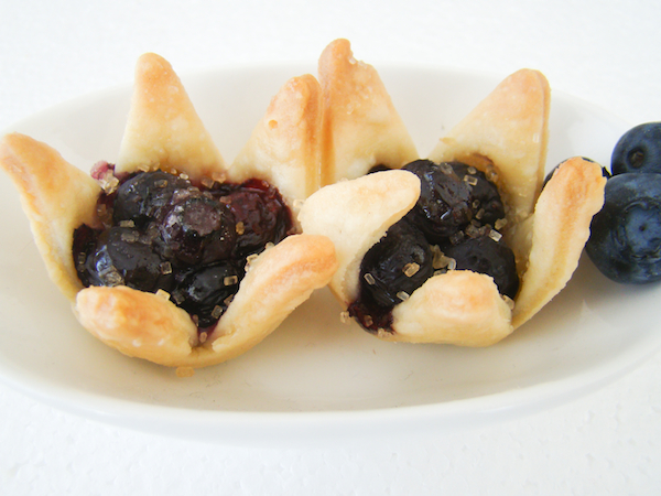 Star Shaped Blueberry Mini Pies